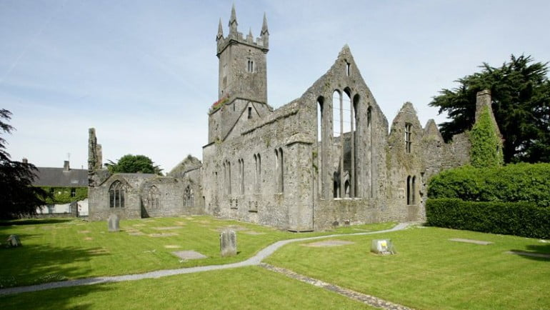 Ennis Friary Featured Photo | Cliste!
