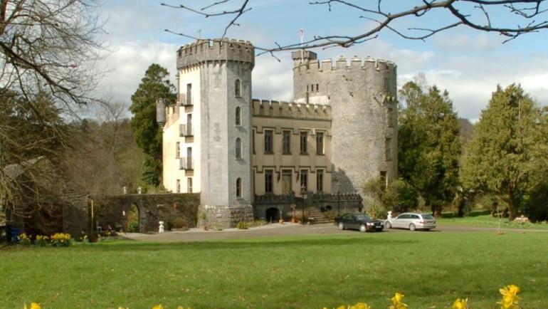 Farney Castle Featured Photo | Cliste!
