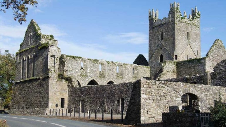 Jerpoint Abbey Featured Photo | Cliste!