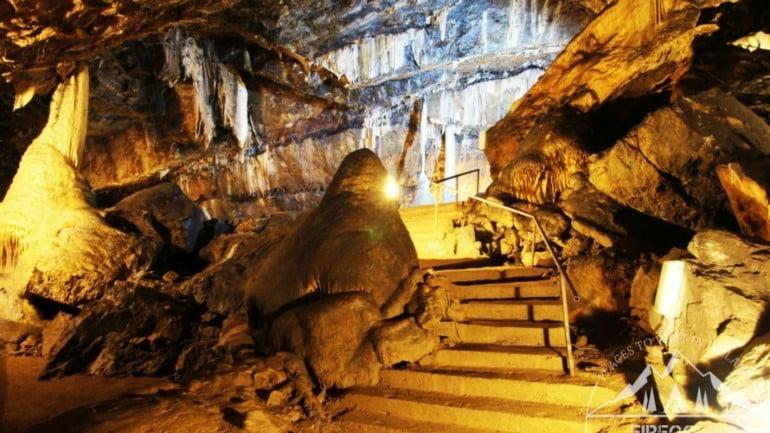 Mitchelstown Cave Featured Photo | Cliste!