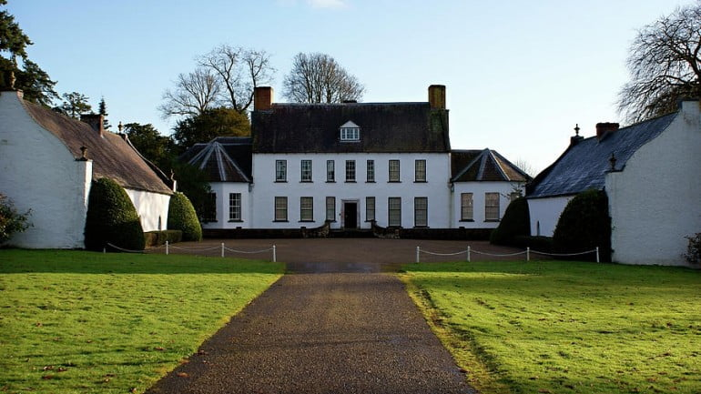 Springhill House Featured Photo | Cliste!